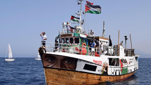Uno de los veleros de la Flotilla de la Libertad que piden el fin del bloque marítimo a la Franja de Gaza