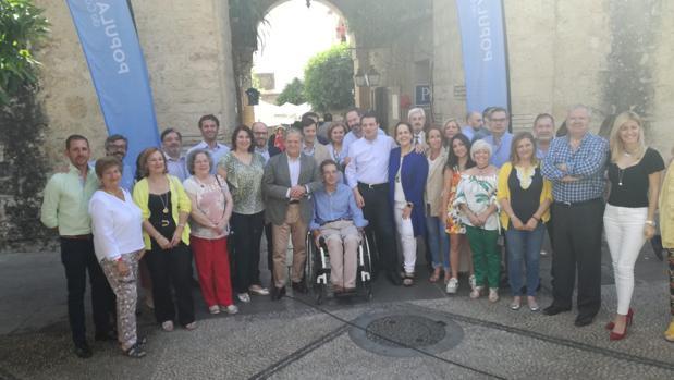 Bellido se ha hecho hoy una foto con los miembros de su lista y su equipo de campaña