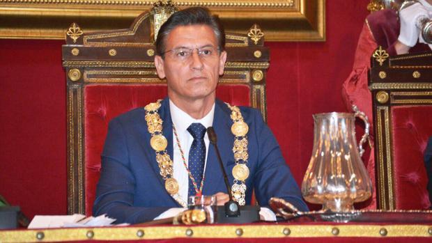 El nuevo alcalde de Granada, Luis Salvador, de Ciudadanos.