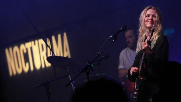Christina Rosenvinge durante una actuación en el ciclo en 2015