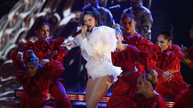 Rosalía, durante una actuación en Las Vegas
