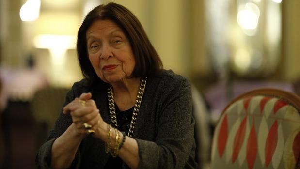 La escritora brasileña Nélida Piñon
