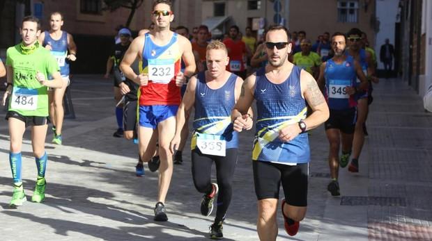 La competición tuvo su principio y fin en la Plaza de España, en Cádiz.
