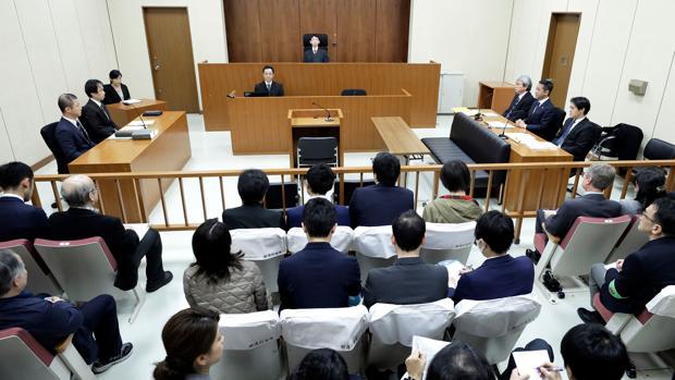 Ghosn está acusado de ocultar presuntamente ingresos millonarios pactados con Nissan, así como de usar fondos de la compañía para cubrir gastos personales