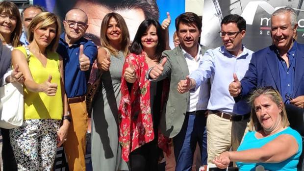Beltrán Pérez, junto a Javier Arenas y Virginia Pérez