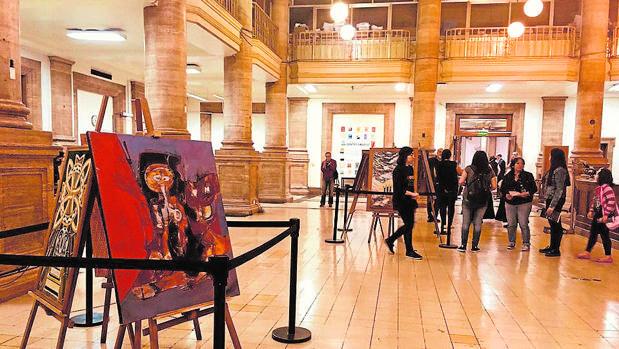 Las instalaciones del centro guardan obras de algunos de los mejores artistas de Galicia