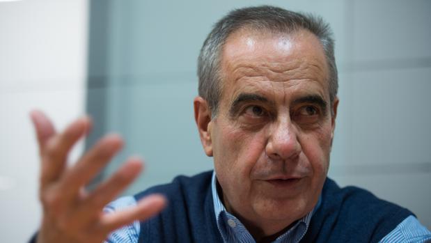 Celestino Corbacho, durante la entrevista con ABC