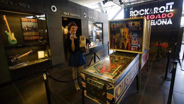 La colección de Tardà, expuesta en el Museo del Rock