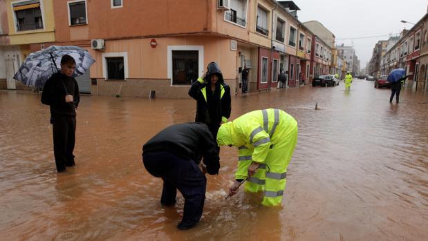 Inundaciones tras las fuertes lluvias en Alzira