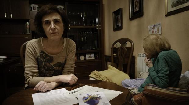 Inés acude en coche a casa de su madre, dentro de Madrid Central