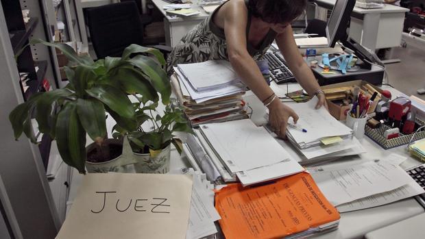 En 2018 se dictaron en Aragón una media de 1.250 resoluciones por juzgado