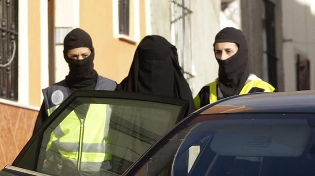 Una mujer arrestada en una operación contra el yihadismo en Melilla en 2014