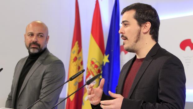 El director general de Participación Ciudadana, José Luis Gascón, junto a José García Molina