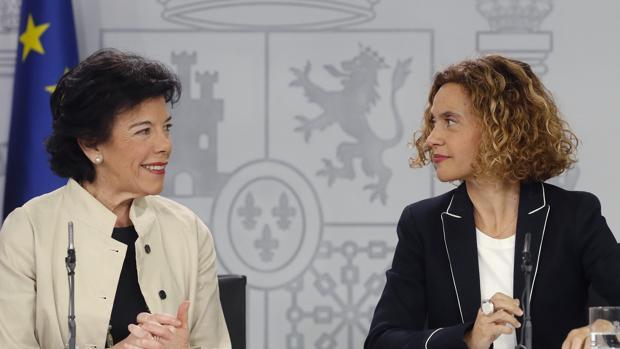 Isabel Celáa y Meritxell Batet