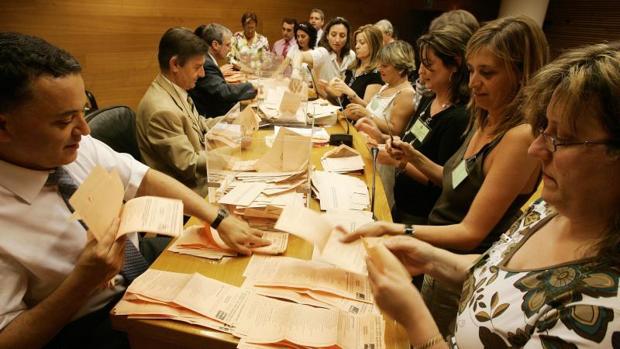 Recuento de votos por correo en Valencia