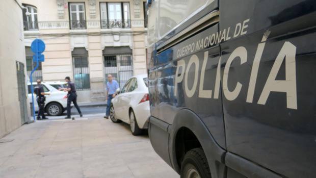 Fotografía de archivo de un furgón policial