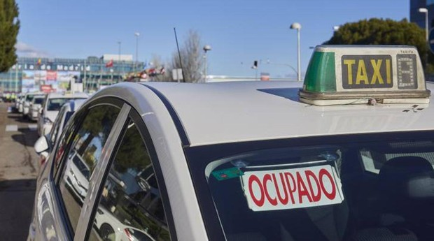 Imagen de un taxi durante la huelga de principios de año