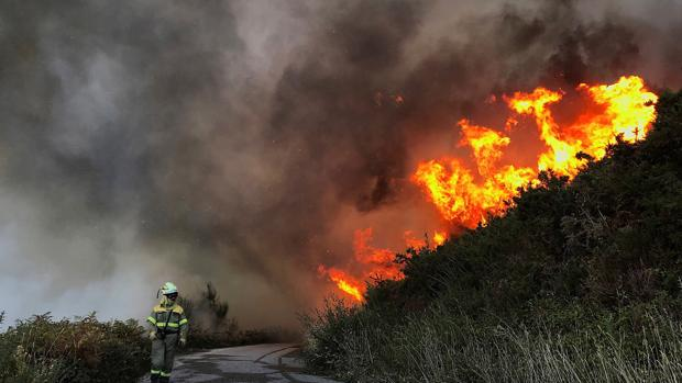 Incendio en la provincia de Pontevedra