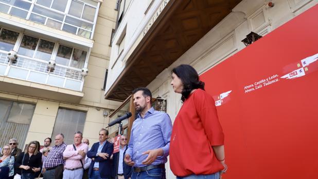Luis Tudanca durante un acto electoral en Aranda de Duero (Burgos)