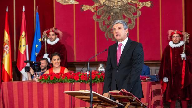José Pablo Sabrido, prometiendo su cargo de concejal el pasado sábado