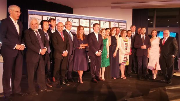 Núñez Feijóo, Ana Pastor y Damià Calvet, con otros invitados al acto de este viernes