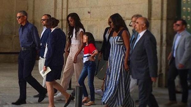 Los Obama a su salida del monasterio de El Escorial