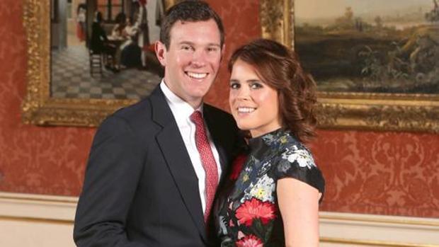 Fotografía oficial del compromiso de Jack Brooksbank y Eugenia de York