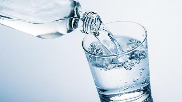 Una correcta hidratación es fundamental para mantenerse saludable