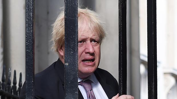 El ministro británico de Exteriores, Boris Johnson, a su llegada a Downing Street