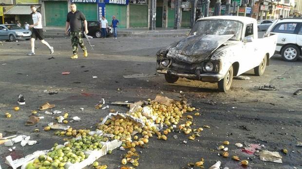 Imagen de los daños provocados por un ataque bomba en Sweida, al sur de Siria,