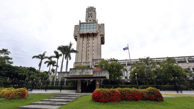 Vista del exterior de la embajada de Rusia en La Habana, Cuba