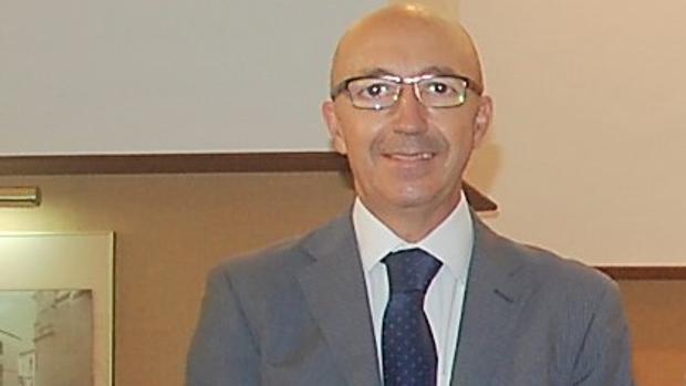Javier Cabeza de Vaca, decano del Colegio Profesional de Economistas de Cádiz
