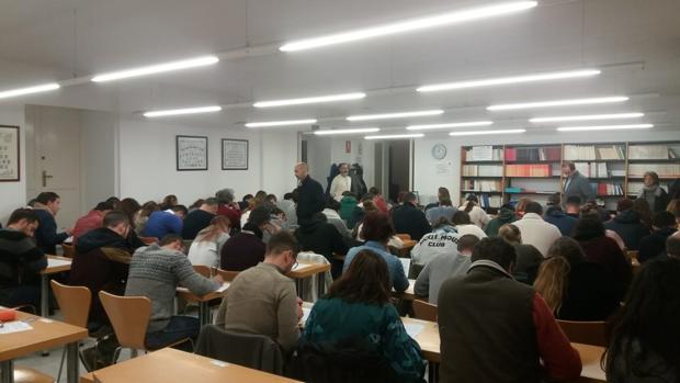 Alumnos del centro de la UNED de Cádiz