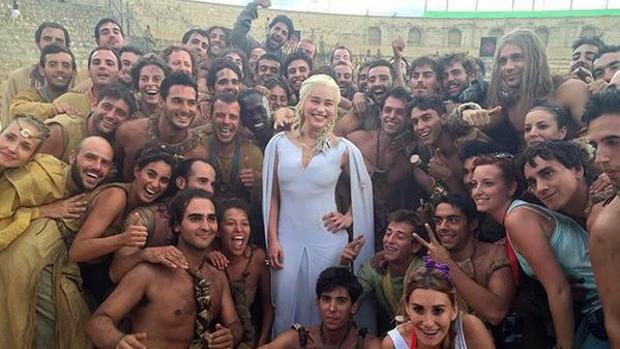 Emilia Clarke, Daenerys Targarien en Juego de Tronos, durante su rodaje en Osuna.