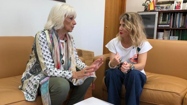 Teófila Martínez y Ana Mestre, representantes de ambas instituciones.