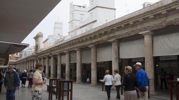 Interior del Mercado Central de abastos.