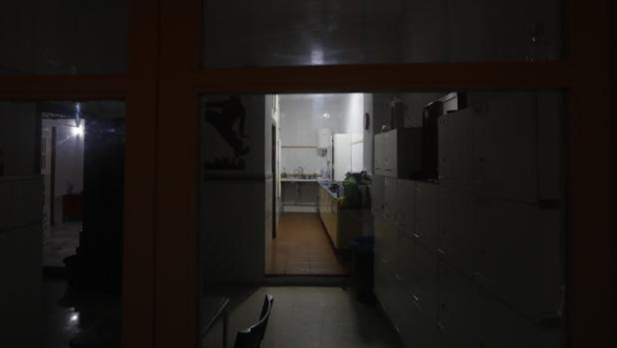 El interior de la vivienda donde la Policía Local desalojó a 250 estudiantes Erasmus el sábado. - Francis Jiménez