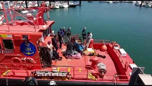 Llegan a Zahora cuatro personas migrantes a bordo de un pequeño pesquero