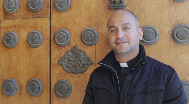 El padre Salar Kajo este lunes en Sevilla