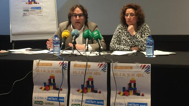 La presidenta de CEIA, Maria del Rosario Peña y el vicepresidente de la organización, José Luis Victorio