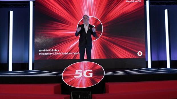 El presidente de Vodafone España, Antonio Coimbra, en la presentación del 5G. / M. G.