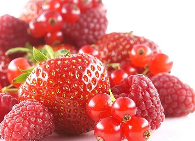 Estas fresas, arándanos y frambuesas no soportarían más de un par de días fuera del frigorífico