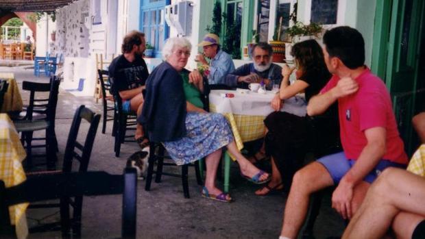 Las personas que viven en la isla griega de Ikaria tienen una esperanza de vida muy alta, la mayoría viven más de 90 y 100 años