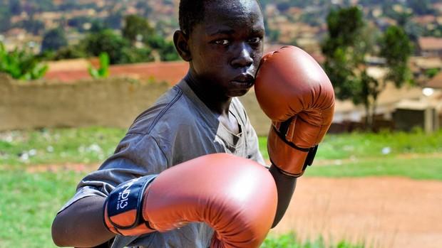 Ali Kabooya tiene un récord 15-0. Campeón nacional en categoría intermedia con guantes de Round 13